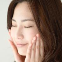 顎関節症イメージ女性2